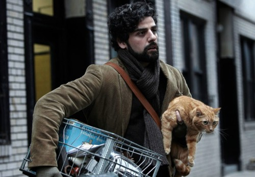 oscar-isaac-with-cat-in-inside-llewyn-davis