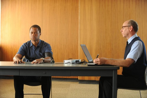 The-People-v.-O.J.-Simpson_-American-Crime-Story-Episodic-Images-10
